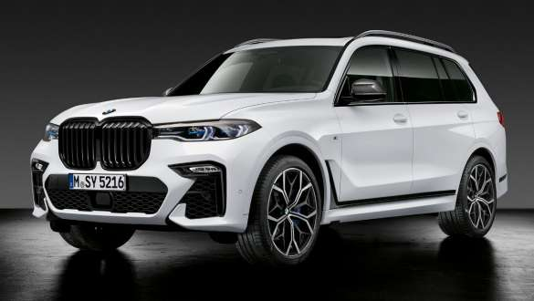 BMW X7 z akcesoriami BMW M Performance Parts.